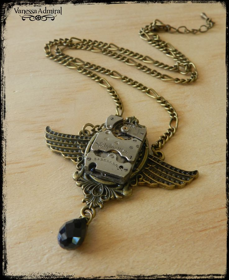 Exquisite Steampunk Winged Clock Piece Necklace | Felt