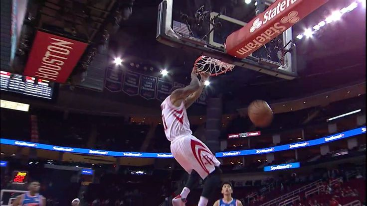 Gary Payton II elevates for the Houston Rockets in #NBAPreseason!