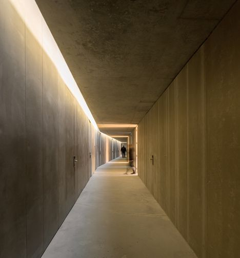 Rowing High Performance Centre in Pocinho by Alvaro Fernandes Andrade. Corridor