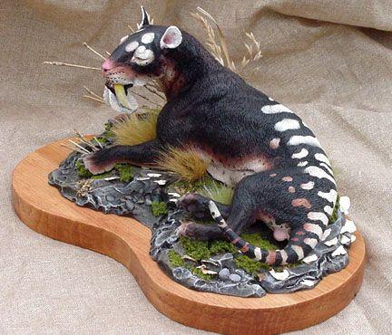 paleocraft Thylacosmilus 2