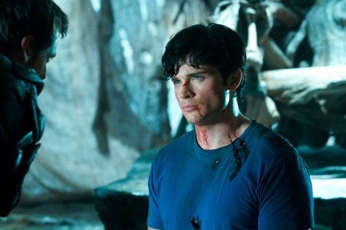 Still of Callum Blue and Tom Welling in Smallville (2001)