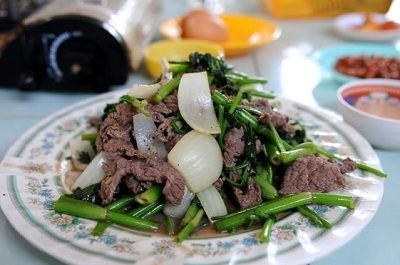 Thịt trâu xào rau muống ngon hết sẩy khiến bạn ăn mãi không ngán. Đây là một món ăn được nhiều người yêu thích mà cách làm thịt trâu xào rau muống dễ dàng