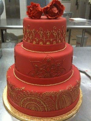 bolo 15 anos vermelho com andares                                                                                                                                                      Mais