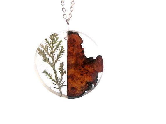Botanische ketting met exotische hout hars hanger Nacklace, abstracte hanger, Art ketting, Bohemian ketting, cadeau voor haar, meisjes cadeau