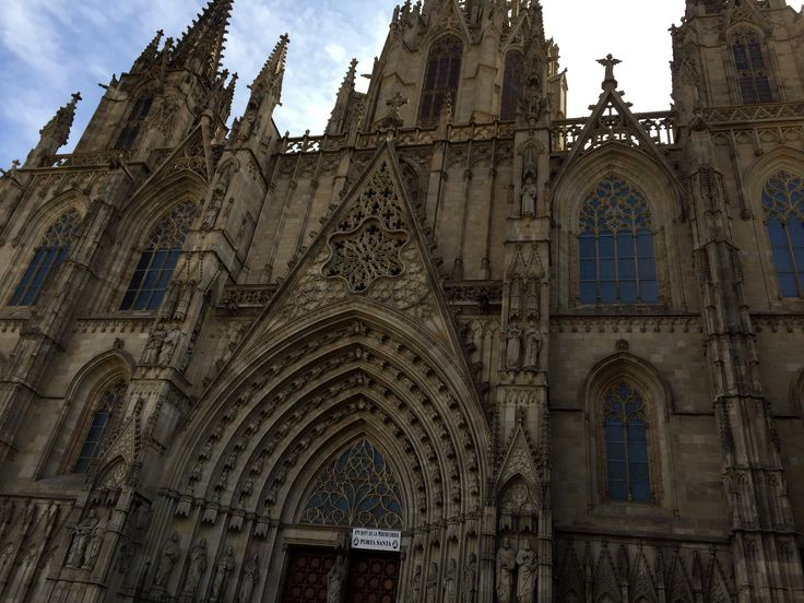 The Catedral de Barcelona in Barcelona, Spain was clearly constructed with pointed arches. This is a characteristic of gothic style. The Catedral is located in the Gothic Quarter of Barcelona and was constructed from the 13th to 15th centuries, with the principal work done in the 14th century. The Middle Ages spanned from the 5th to the 15th century and featured a large amount of Romanesque and Gothic art. The Gothic style seen in the pointed arches symbolizes Catalans Golden Age.