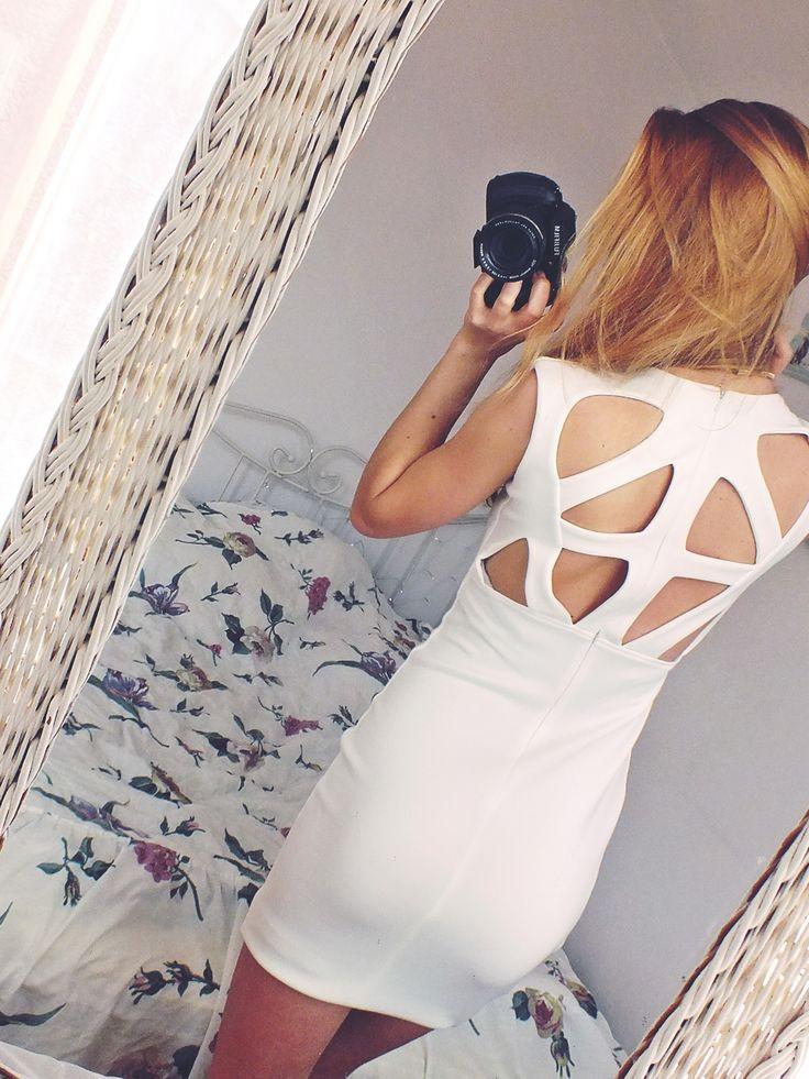 Sukienka IVON model 187   Dostępna od ręki