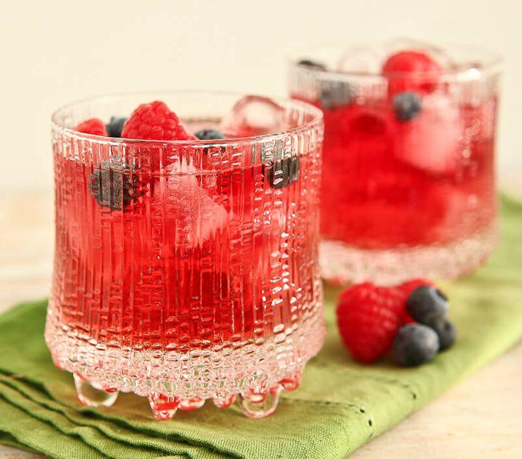 Berry Red Wine Spritzer