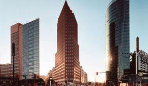 Der Kollhoff Tower am Potsdamer Platz steht auch noch auf meiner Liste.