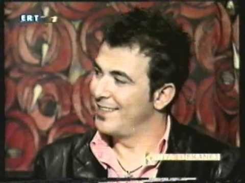 """Ο Αντώνης Ρέμος στην εκπομπή """"Κοίτα τι έκανες"""" 2003"""