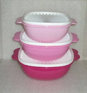 Amazon.com: Tupperware Servalier Bowl Set in Pink: Everything Else