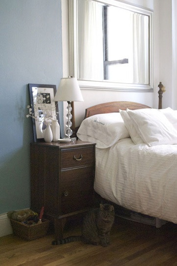 135 best blue bedroom images on pinterest for Bedroom design apartment therapy
