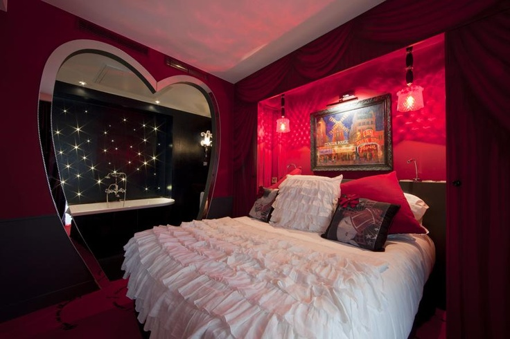 Romance in a truly boutique style... **** Le Pradey in Paris