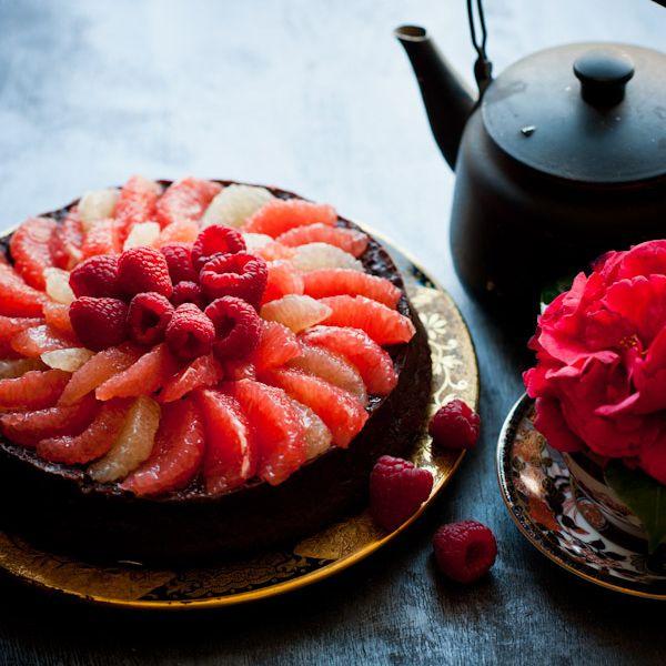 Valentine Cake of choice for the hubs*********** Grapefruit Raspberry Flourless Chocolate Cake