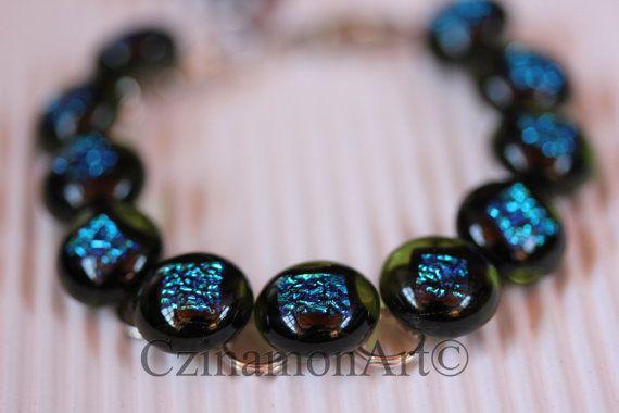 Transparent Green Dichroic Fused Glass Bracelet by CzinamonArt, €25.00