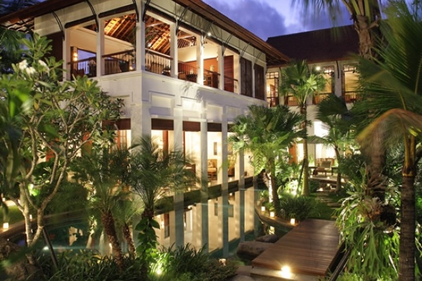 The majestic four-bedroom Villa Batavia, complete with its freeform swimming pool and children's pool, is set upon 1,100 square metres of land, within the luxurious Laksmana Villas private estate, just footsteps away from the Indian Ocean at Seminyak Beach on Bali's southwest coast.