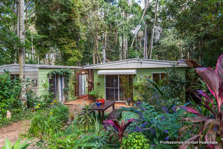 This week's feature property is 12 North Street, North Tamborine. A cosy cottage amidst a private rainforest setting, walking distance from amenities and cafes
