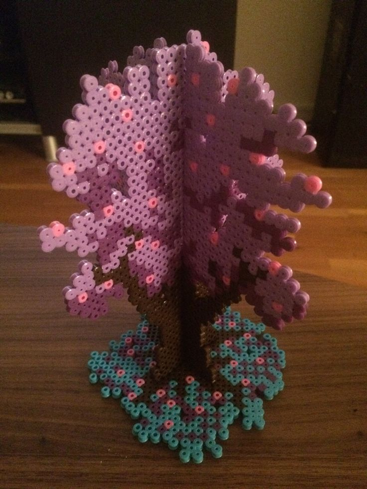 Made a purple tree for my daughters room. :D Hama, perler, pixel, pixelart, 3D perls. /Zombieshiro