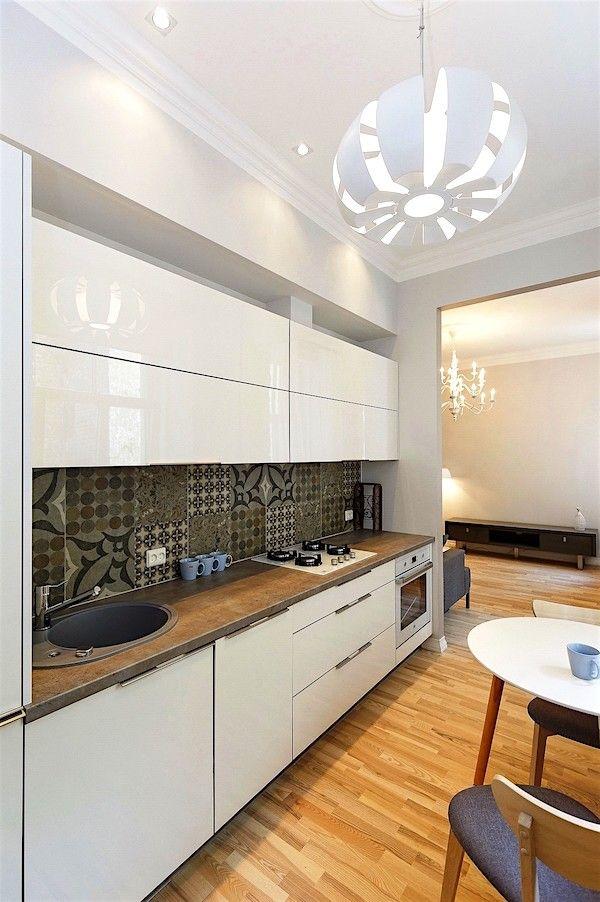 Mūsdienīgs dizains nelielai virtuvei par izdevīgu cenu - Virtuves.lv