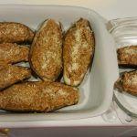 Estas berengenas están buenísimas y muy bajas en aporte calorico, por supuesto muy fácil en thermomix y para sacarle mayor partido al varoma.  INGREDIENTES: Para 4 raciones * 4 berengenas – 1100g aproximadamente * 1/2kg de carne picada de pollo * 2 dientes de ajo * 1 cebolla – 200g aproximadamente * 100g de …