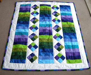Katherine's Dabblings: Jelly Roll Quilt - This would make an easy baby or lap quilt