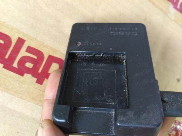 Jual beli charger ori asli kamera digital Charger Casio BC-60L for NP-60 Battery Pack di Lapak solo2 darma - solo2. Menjual Charger - charger ori asli kamera digital Charger Casio BC-60L for NP-60 Battery Pack - sudah termasuk kabel ac /listrik - kondisi second/bekas normal  - SELAMA IKLAN MASIH bisa DIBUKA, BERARTI BARANG MASIH!  - masih utuh bukan servisan/bukan refurbish  - sudah termasuk kabel listrik ori/asli - GARANSI PERSONAL 3 HARI (Setelah barang sampai/dite...