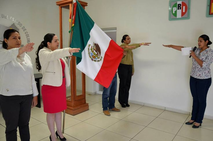 Con acto cívico el Instituto Electoral del Estado (IEE) de Colima conmemora el CXCIV Aniversario de la Bandera de México