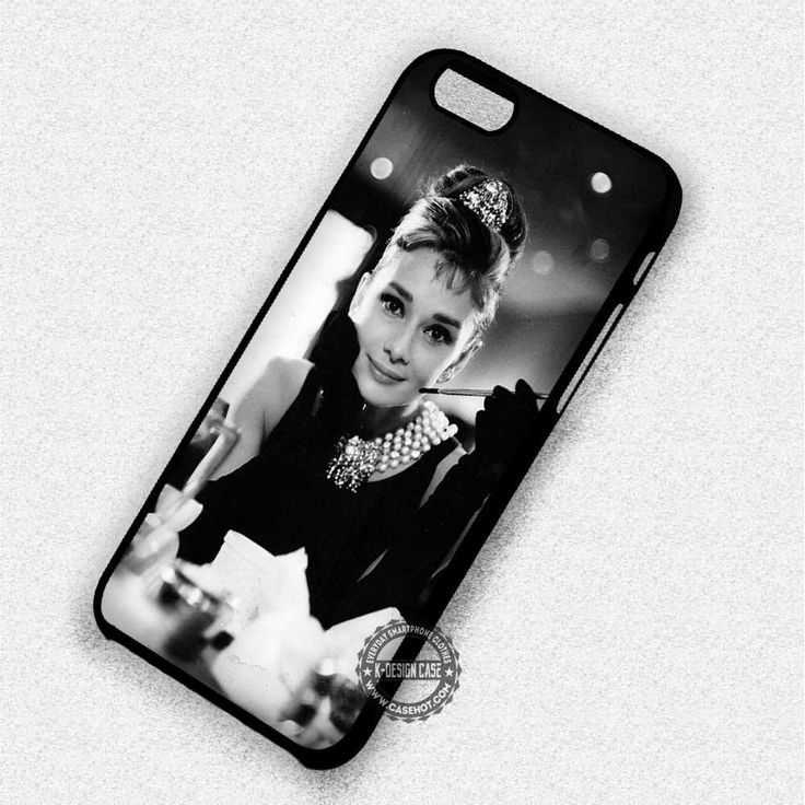 Audrey Hepburn Breakfast at Tiffany Black and White - iPhone 7 6 5 SE Cases & Covers