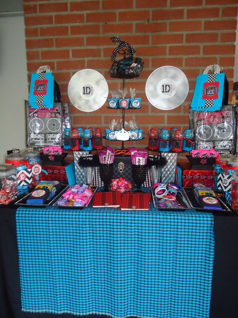 "Photo 9 of 24: POP Music Group One Direction 1D / Birthday ""1D One Direction Birthday"" 