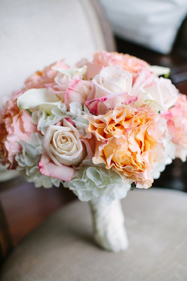 outdoor country wedding adam betsy at highland manor hydrangea bouquetblue