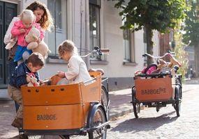 Location de vélos hollandais à Paris - Holland Bikes Paris - 77-79 bd Lefebvre 75015 Paris (ouvert du mardi au samedi de 9h à 19h)