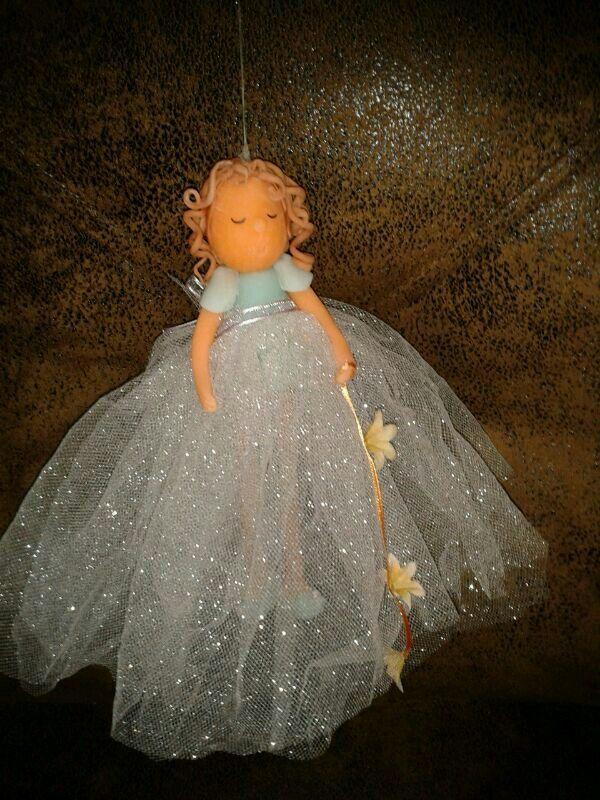Muñeca en porcelana en frio