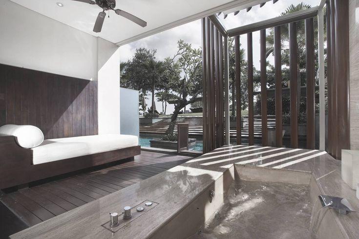 Photo Bathroom Resort Anantara Seminyak Bali Resort 12 desain arsitek oleh Antony Liu + Ferry Ridwan / Studio TonTon - ARSITAG