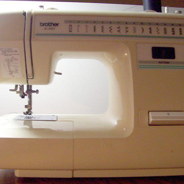 xl 3022 sewing machine