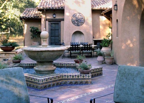 Best 25 Spanish courtyard ideas only on Pinterest Spanish house