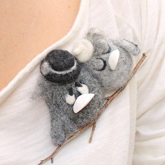 Felt brooch  Birds  felting toy  Grey brooch  Brooch  by TashaToys