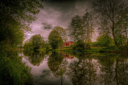 17 Amazing Wide Angle Images. Wide-Angle-Lens-4-1. From Digital Photography School.