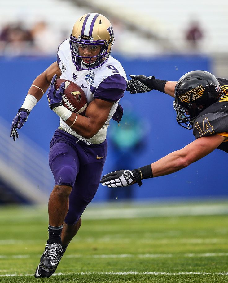 Myles Gaskin : College football photos: Best images from bowl season Washington Huskies