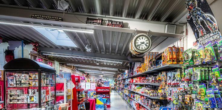 Oktalite vi progetta l'impianto di illuminazione con un efficiente sistema a #led per il risparmio nel punto vendita http://ow.ly/YbED30e2yKs  Oktalite - Innovazioni - LED IQ