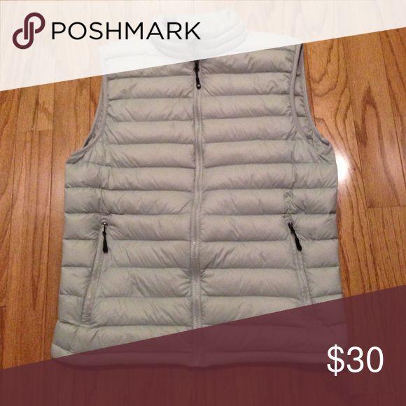 Men's vest size M Grey down vest worn a few time Uniqlo Jackets & Coats Vests