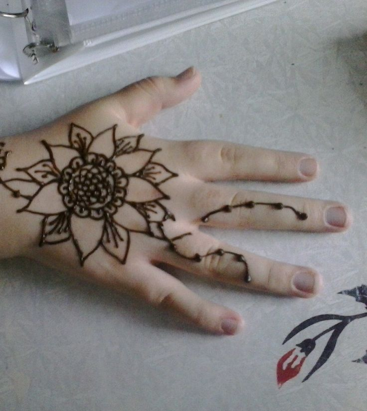 Sunflower Henna Tattoo: Ms. Ilia's Henna Mehandi Tattoos