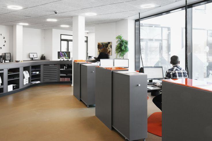 Housing association AAB in Silkeborg Denmark  - Desktop: 4172 Mauve. - Reception desk, Linoleum, Interior design, Forbo, Dekstop