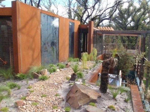 Callignee 2 eco house in Gippsland, Australia