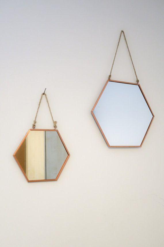 Les 25 meilleures id es concernant miroir suspendu sur for Miroir de porte a suspendre