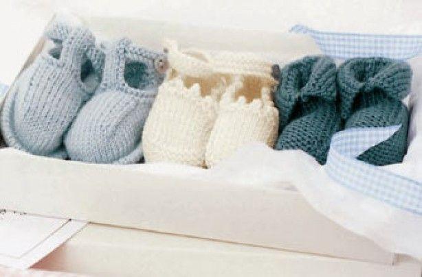 Free knitting pattern: Baby booties