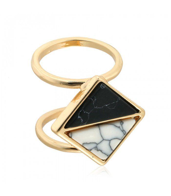 Zwarte ring met marmeren steen   ringmaat 19 mm   Mooie ringen koop je online   Yehwang fashion en sieraden
