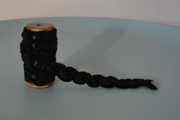 Wstążka, tasiemka, taśma, aksamit- czarny