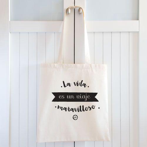 Bolsas de tela personalizadas . Tenemos muchos modelos y diseños diferentes para que elijas tu bolsa personalizada para regalar en cualquier evento o celebración.