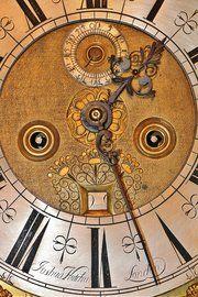 Antique Longcase Relojes
