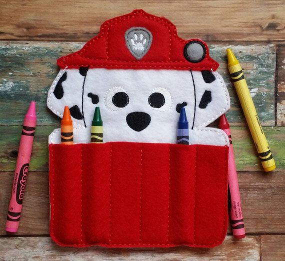 Fuego cachorro sintió porta crayones por TreasuredForever en Etsy