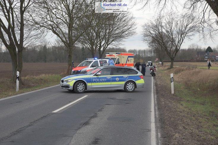 Korschenbroich: Kollision zwischen Pkw und Motorrad - Personen verletzt